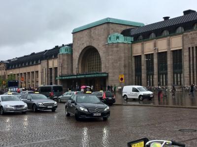 初夏の北欧への旅 vol.2。──「「ヘルシンキ1日目:アカデミア書店とカフェ・アアルト」