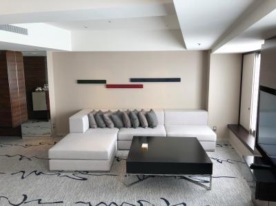 新宿『ヒルトン東京』宿泊記(2)新ルームが誕生!改装されたエグゼクティブフロアのスイートルーム「ジュニアスイートキング」にアップグレード☆彡