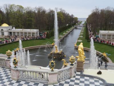 サンクトペテルブルグ最後は噴水の離宮ペテルゴフ ロシア7~8日