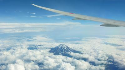 ANAの旅作利用で行く、東京2泊3日の旅【富士山以西の眺めが良かった、ANA261便で、羽田~福岡搭乗編】
