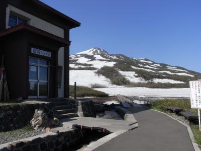 東北の名山・鳥海山は遠かった  暑さに負けて七ツ釜避難小屋で撤退