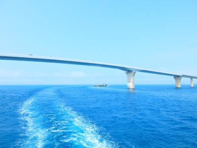 美ら海の絶景 コバルトブルーの宮古島 7  海中展望船ベイクルーズ = 宮古空港へ