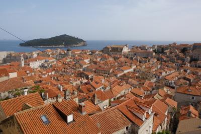 3日目ザグレブ→ドゥブロヴニク☆美しいアドリア海とオレンジの屋根の街(ネコいるよ!)