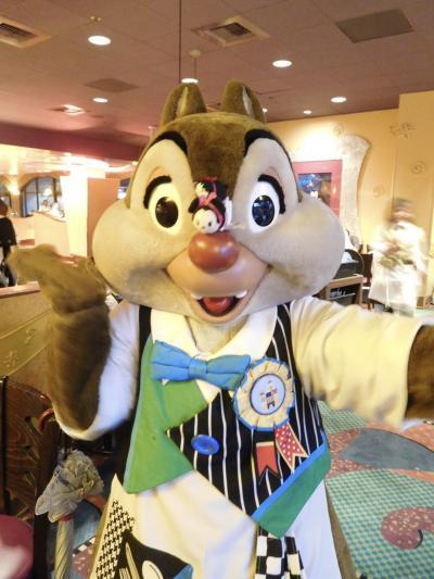 2019 JALエコノミーでひとりカリフォルニアディズニー3泊5日♪ Day1 グーフィーズキッチン☆彡