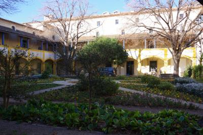 南フランス&モナコのクリスマス(1)   古代ローマとゴッホの町アルル