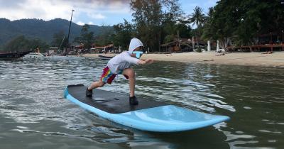 10連休GW★タイのサムイ島からタオ島へのんびりビーチの旅④タオ島2日目サイリービーチでサップを楽しむ