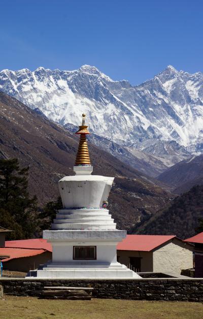 エベレスト街道274㌔巡礼の道を歩き登った記録 11.クムジュン(3775m)~パンボチェ(3930m)
