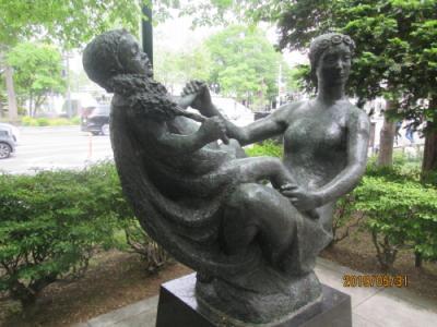 札幌の大通公園・西2丁目・花の母子像・他