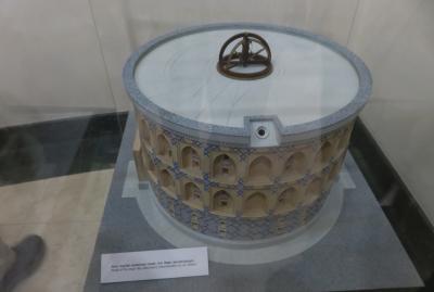 2019春、ウズベキスタン等の旅(11/52):4月24日(9):サマルカンド(10):ウルグベルク天文台、展示館
