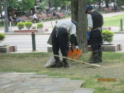札幌の大通公園・西9丁目・遊び場・遊具