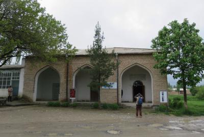 2019春、ウズベキスタン等の旅(15/52):4月25日(1):ペンジケント(1):ペンジケント遺跡、展示館