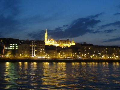スロバキアとハンガリー 小さな首都プラチスラバ そして印象的なリスト・フェレンツ記念博物館とドナウ川ナイトクルーズ!