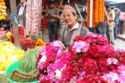 心に染み入る美しい国 23年ぶりのネパール旅(1)祈りの街カトマンドゥ
