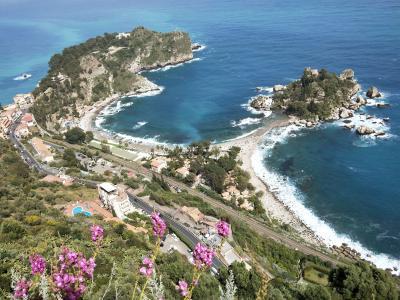 ANA特典マイルで行くシチリア旅行 ⑧カターニャ経由でタオルミーナへ。五つ星ホテルでリゾート三昧