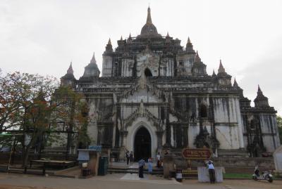 2019春、ミャンマー旅行記(11/25):5月25日(7):バガン(5):タビニュー寺院、ティーローミンロー寺院