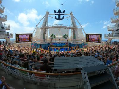 世界最大級客船でカリブ海クルーズ8/11DAYS