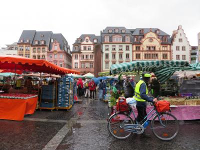 心の安らぎ旅行(2019年 5月 Mainz マインツPart5 Wochenmarkt 2度目の朝市の続き♪)