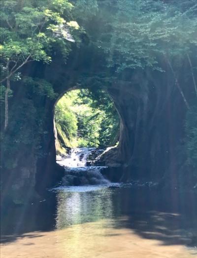 初夏の千葉ドライブ。 その3──「亀岩の洞窟」