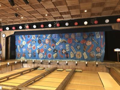新緑の付知峡と伝統の芝居小屋「かしも明治座」見学