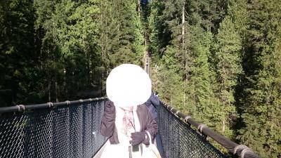 2019年4月中年夫婦のバンクーバー 4日目 キャピラノ吊り橋