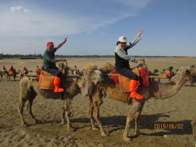 甘粛省・河西回廊シルクロードの旅(その7)~鳴沙山月牙泉・敦煌夜市