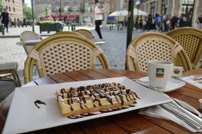 ベルギー旅行 2-1 ブリュッセルでワッフルとチョコレート