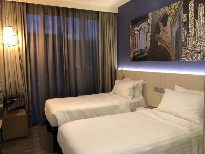【JGC修行】立地抜群!メルキュールシンガポールブギスホテルに泊まってみた(1泊3日弾丸シンガポールの旅その2)