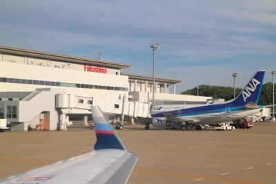FW82/NH3182、福島→伊丹。福島空港のウルトラマン、フライトの様子、ラストは伊丹の夕日。