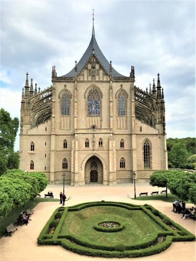 ☆春のプラハでモルダウを~♪.:*ハンガリー・スロバキア・チェコ周遊10日間 vol.41 聖バルバラ大聖堂☆