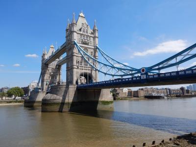 初ロンドン(1)、落着きある街、食べ物も美味しいし、ホテルがもう少し安ければ最高だった。