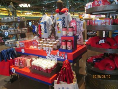 上海のディズニーランド・ワールドディズニー迪士尼世界商店