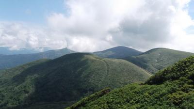 花の山・秋田駒ヶ岳周辺を訪ねて1 乳頭山―笊森山―湯森山