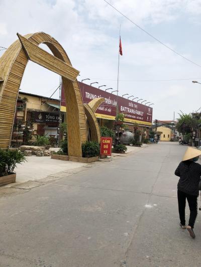 ベトナムハノイ、ホーチミン、ブンタウ旅2日目(陶器村)