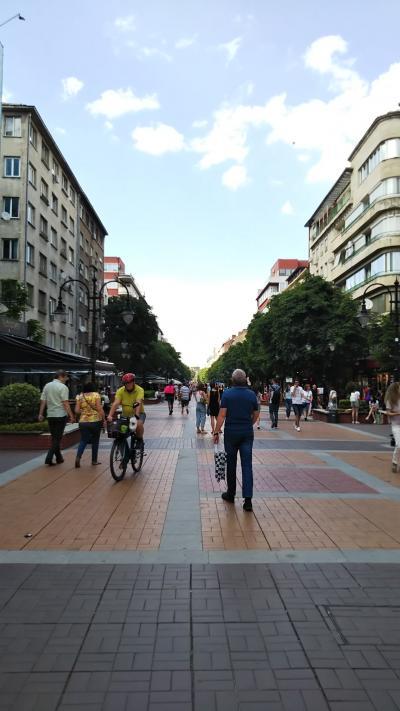 初夏のブルガリアあちこちめぐり 1 カタール航空とソフィア半日