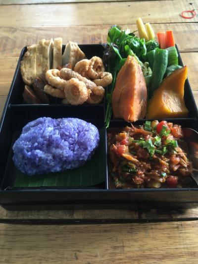 こぐこぐバンコク  絶品カオマンガイと北タイ弁当
