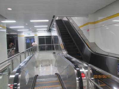 上海の地下鉄2、3、4号線中山公園駅・新連絡通路完成