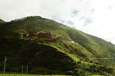 東チベットの旅1 絶景の大自然とチベットゴンパを巡る (Touring untouched nature &Tibetan temples)