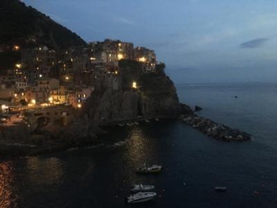 マラローナの夜景がGOAL!船&鉄道でチンクエテッレ かわいい村めぐり2