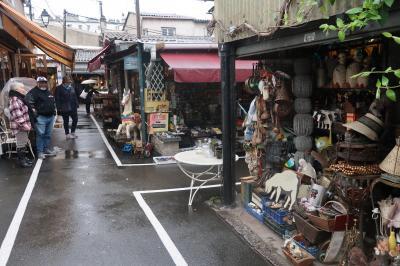 サントゥーアンの蚤の市でお買い物とマココット