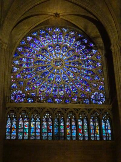 パリで年末年始2018-19⑧ノートルダム大聖堂とギャラリーラファイエット
