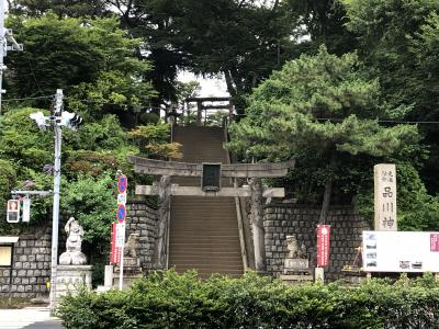 品川神社に詣で、山開き前の富士塚に登頂しました