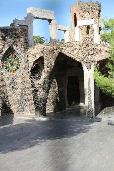 幻のコローニア・グエル教会