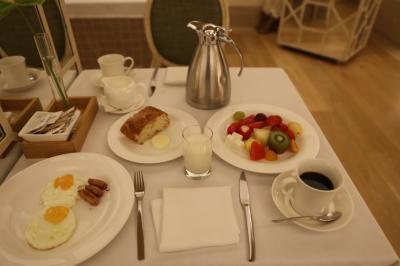 ホテルマジェステイックでの朝食再び