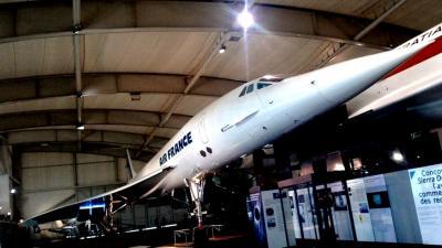 コンコルドに乗れるル・ブルジェ航空宇宙博物館とゴッホが晩年のオーヴェル・シュル・オワーズ近郊のレストラン / 海外ツーリング-フランス編 3