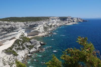 フランス人のリゾート地、コルシカ島でドライブ旅