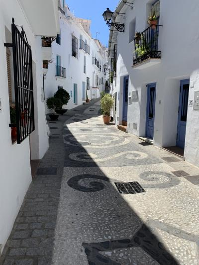 2019GW スペイン アンダルシア(2)白い村フリヒリアナを一人散策する