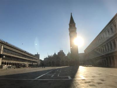 私のベネチア物語2(朝のサンマルコ広場、ため息の橋、ドゥカーレ宮殿)