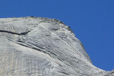 ポケモントレーナーのおじさん、ハーフドームの頂上に挑む