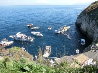 2019GW イタリア19:カプリ島 マリーナグランデから陸路で青の洞窟へ