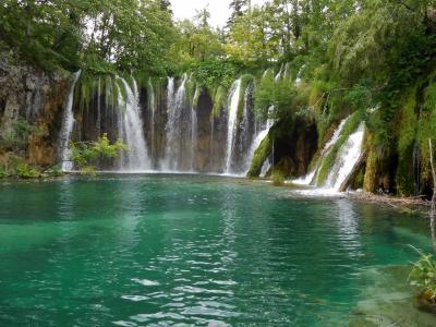 2018年6月 東欧8日目 プリトヴィツエ 上の湖後編 ガロヴァッツ湖と滝など ランチ